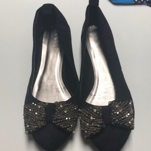 NWOT Black/gold bow forever 21 flats
